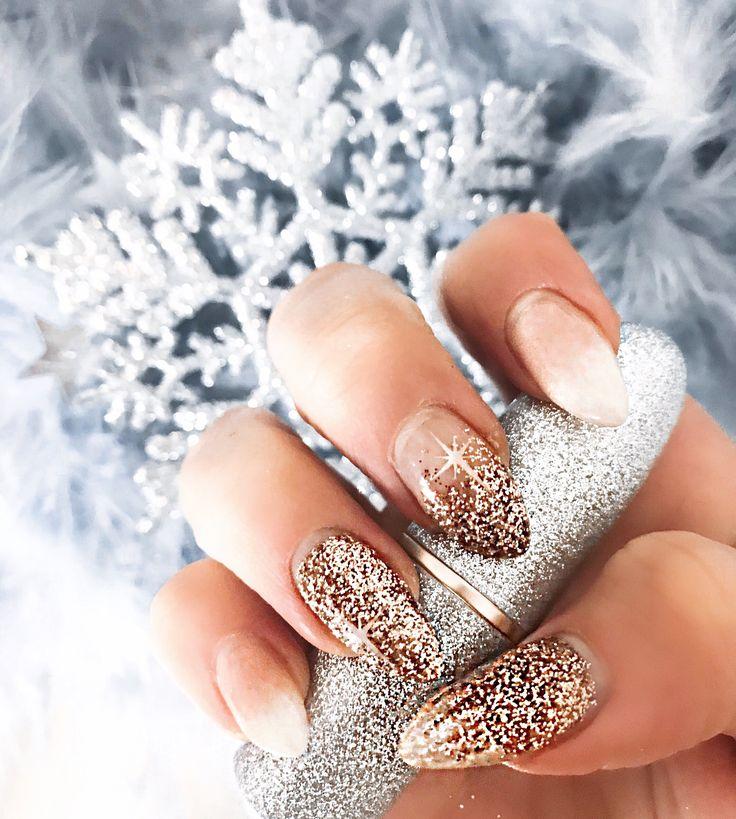 Christmas & New Year's Eve Nails || Weihnachten || Weihnachtsnägel || Silvesternägel || Glitzernägel || Glitternails || Stilettonails || naildesi…