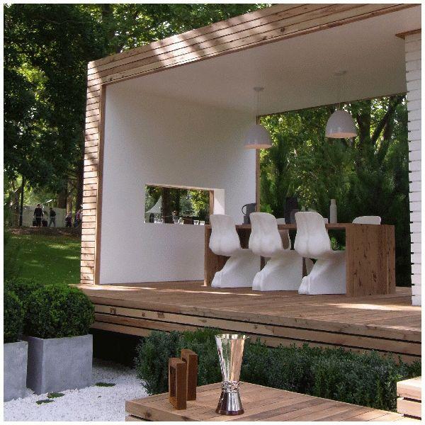 Modern pergola / garden room