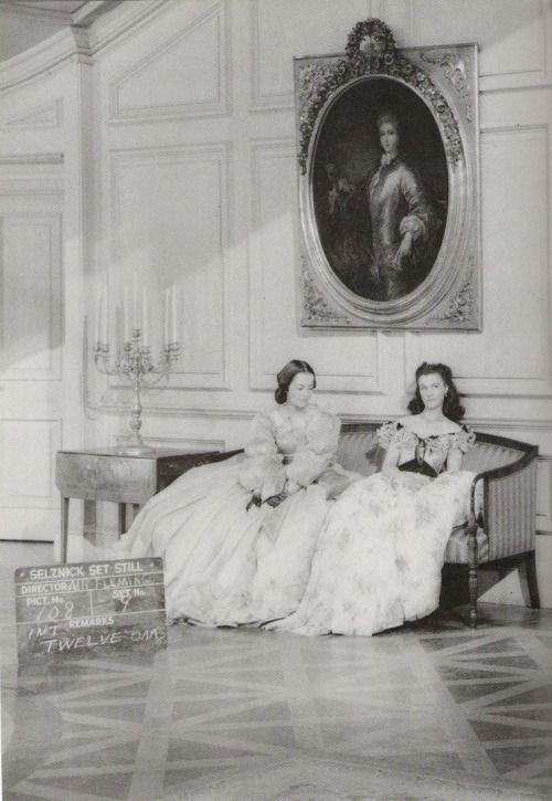 Happy first century miss de Havilland! / Joyeux anniversaire Olivia de Havilland