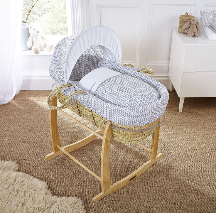 A Clair De Lune Moses Basket Crafted From Quality Palm Leaf And  Hand Dressed In