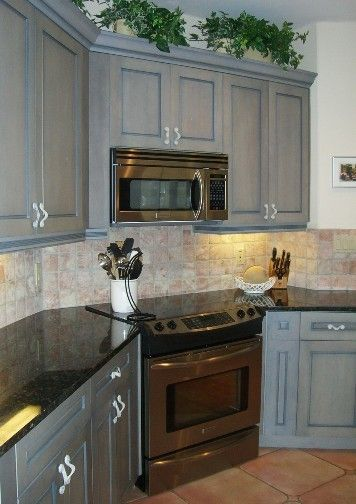 Gray Kitchen Cabinets With Dark Counter Tops