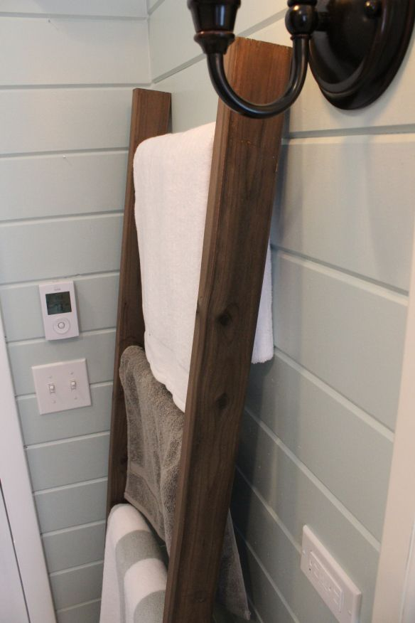 How To Make A Rustic Ladder To Hang Towels Blankets 12 Oaks Diy Stuff Pinterest Comment