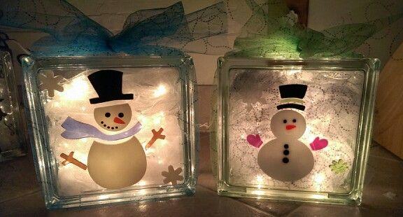Diy Decorated Glass Blocks Put Mini Lights And Tulle On