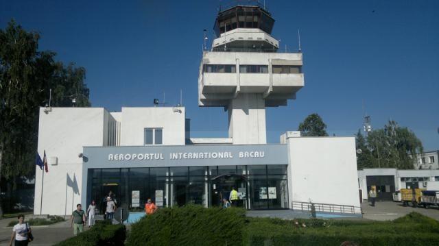 """Aeroportul Internațional """"George Enescu"""" Bacău (BCM) în Bacău, Bacău"""