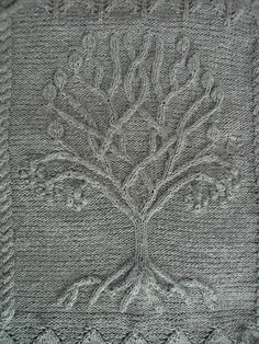 Ravelry: Project Gallery for Tree pattern by Ariel Barton - free knitting pattern