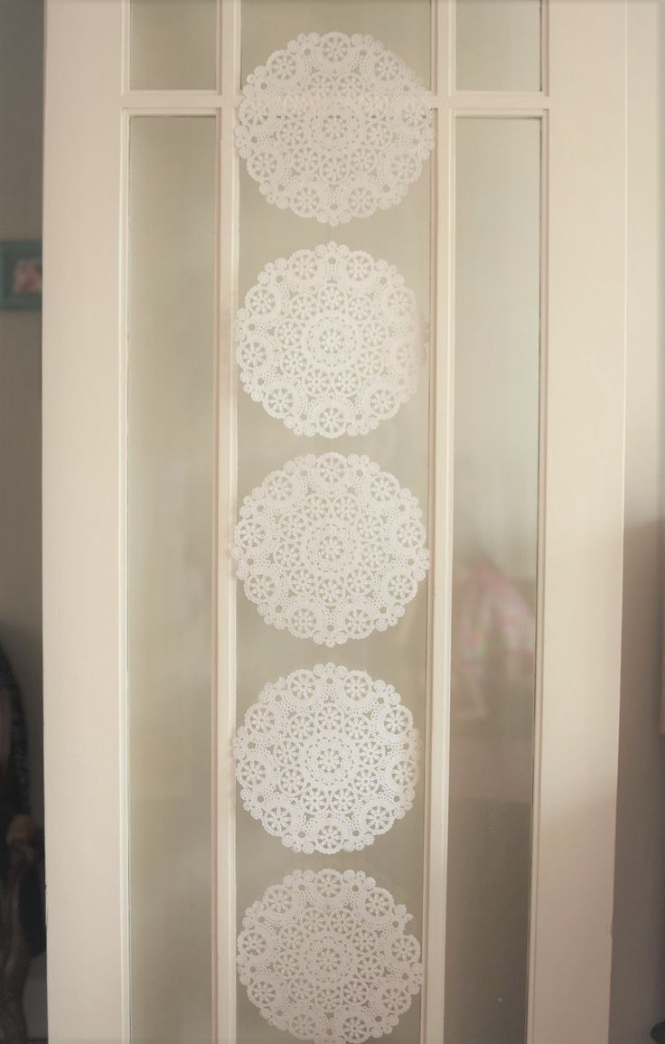 Custom paper garlands made to order. Perfect for parties, special occasions, and room décor. Quality cardstock in your choice of colours, patterns, shapes and sizes.