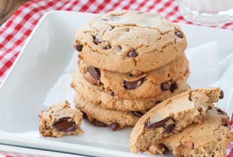 Danielle Walkers Paleo Real-Deal Chocolate Chip Cookies  | @SilvanaNardone