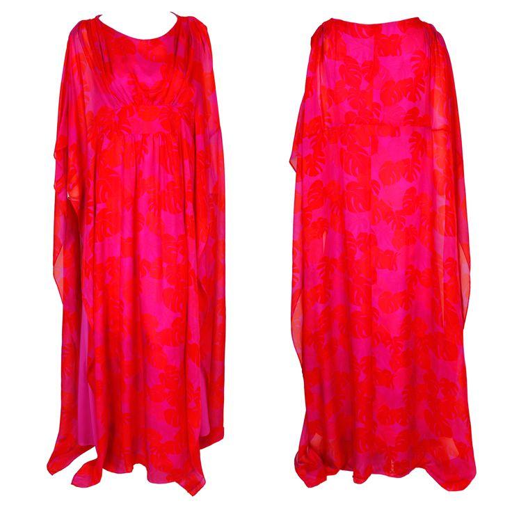 A red and pink printed Kaftan dress with a round neckline by Issa London #kaftan #ramadan #print #dress #fashion #hautecouture #issa #greenbird #gbmoda #abudhabi #dubaifashion #luxury #trend #marinamall #luxury #elegance