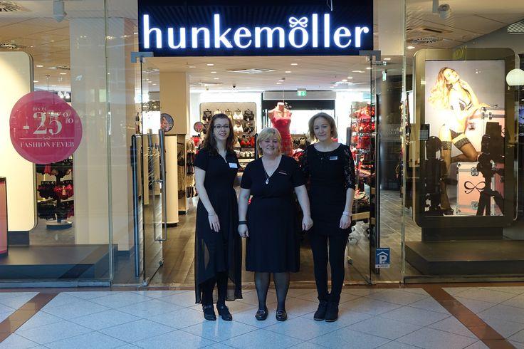 Das freundliche Hunkemöller-Team :-)  Der neue Hunkemöller Store im Europa-Center Berlin (Wiedereröffnung am 13.2.2014).