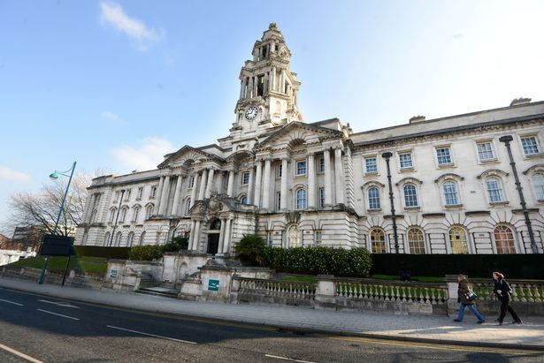 Stockport town hall bosses plan £5m cuts to care services for vulnerable adults - Manchester Evening News