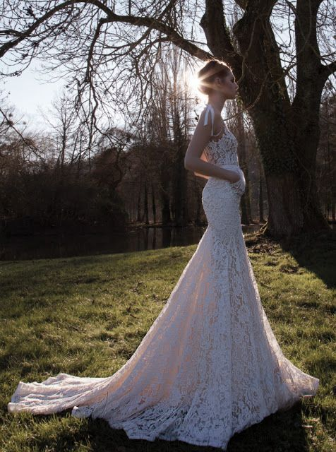 Outstanding lace wedding dress- I'm in love