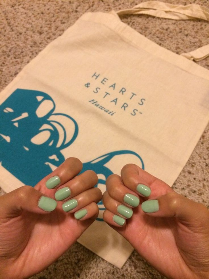 Pamper Yourself! Hearts & Stars Salon & Day Spa is a full-service beauty salon offering the latest styles and services for hair, skin, nails, massage and weddings. Appointments and walk-ins welcome!  #tote #nails #nailart #turquoise #seafoam #green #blue #manicure #pamper #salon #spa #cuticleoil #CND #vinylux #polish #nailpolish #wedding #bridalparty #hawaii #waikoloa #heartsandstars #hustlegrindbekind