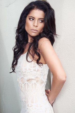 My Booker Management Agency - Shana Bergsma - model and talent portfolios