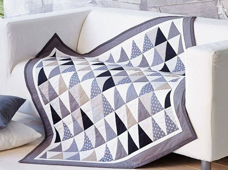 die besten 25 tagesdecke patchwork ideen auf pinterest flickendecke tagesdecke gr n und. Black Bedroom Furniture Sets. Home Design Ideas