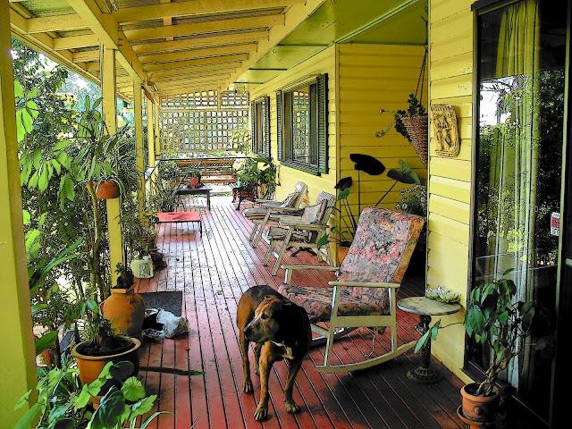 An Australian Porch...it looks so inviting!