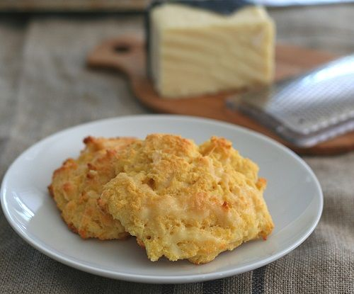 Low Carb Gluten-Free Cheddar Drop Biscuits | These Cheddar Drop Biscuits would make great bread for low carb Thanksgiving stuffing!