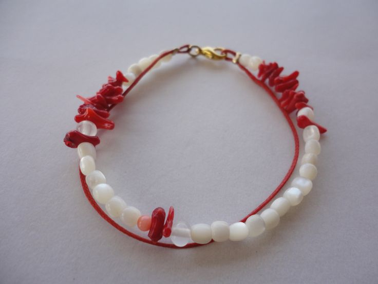 bracelet with corals and mother of pearl