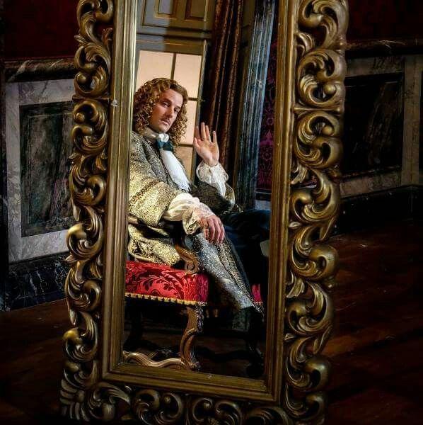The brilliant Evan Williams as Chevalier de Lorraine in season 2 of the canal+ series Versailles