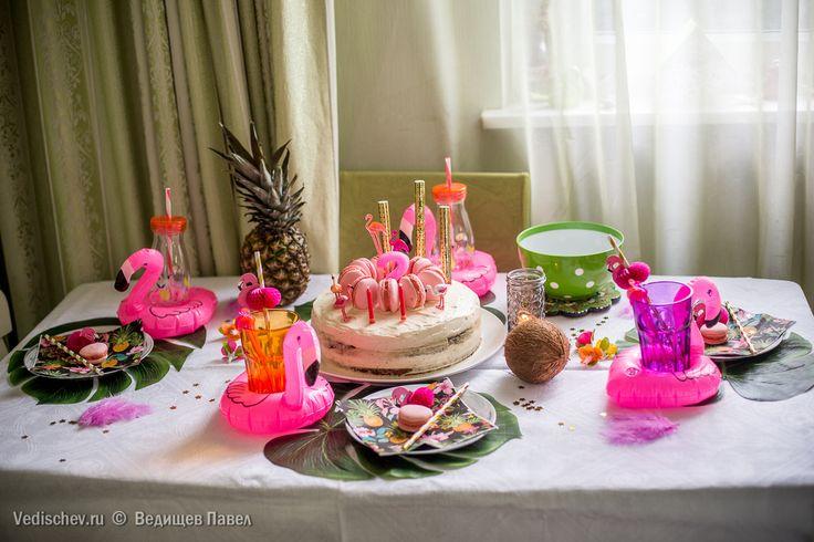 Вкусняшки-макаруны и торт в исполнении Леночки @melamissima! #торт#макарун#праздник#деньрождения