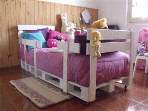 Las 25 mejores ideas sobre camas hechas con palets en - Manualidades hechas con palets ...