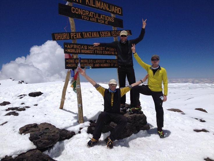 AMICAL alpin gratuliert unseren Teilnehmern zum Gipfel des Kilimanjaro und damit zur erst V. Begehung der Thomas Glacier Route