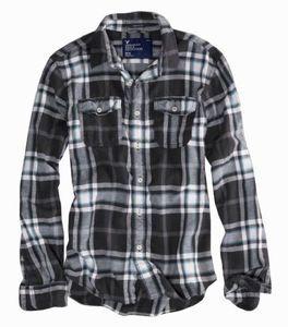 American Eagle men's black plaid flannel shirt XL