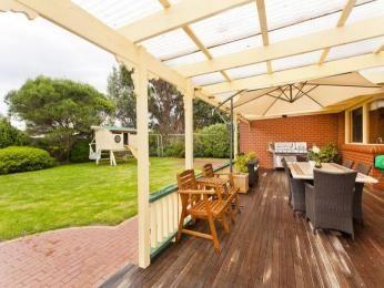 Diseño de vida al aire libre de interior-al aire libre con zona de barbacoa y escenario al aire libre muebles utilizando ladrillo - Vida al aire libre Photo 1389977