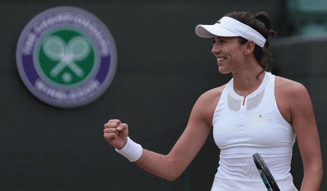 Muguruza moves into Wimbledon semi-finals