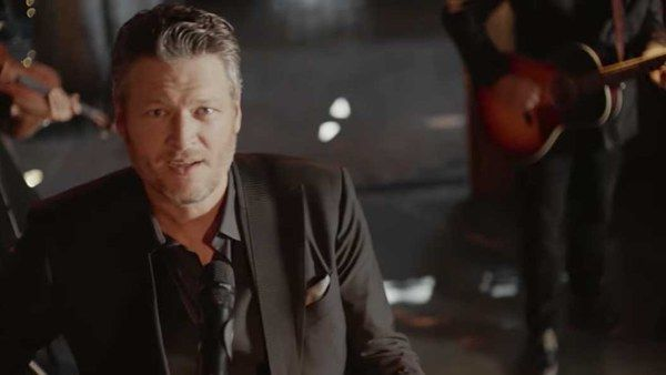 """Blake Shelton's """"I'll Name The Dogs"""" Talks Marriage, Life Together (and Is About to Be As Big As """"Honey Bee"""")"""