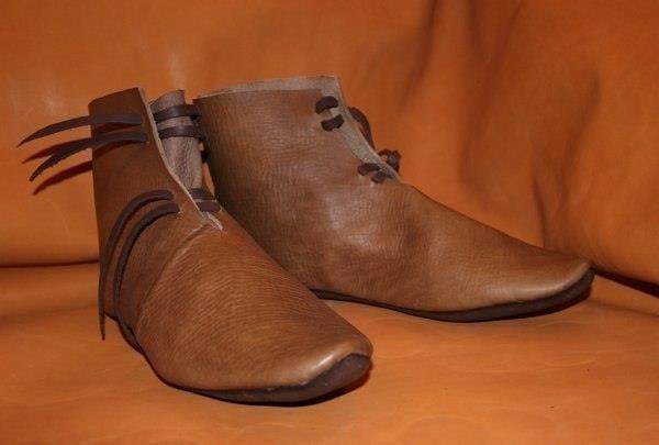 Обувь германия 14 век