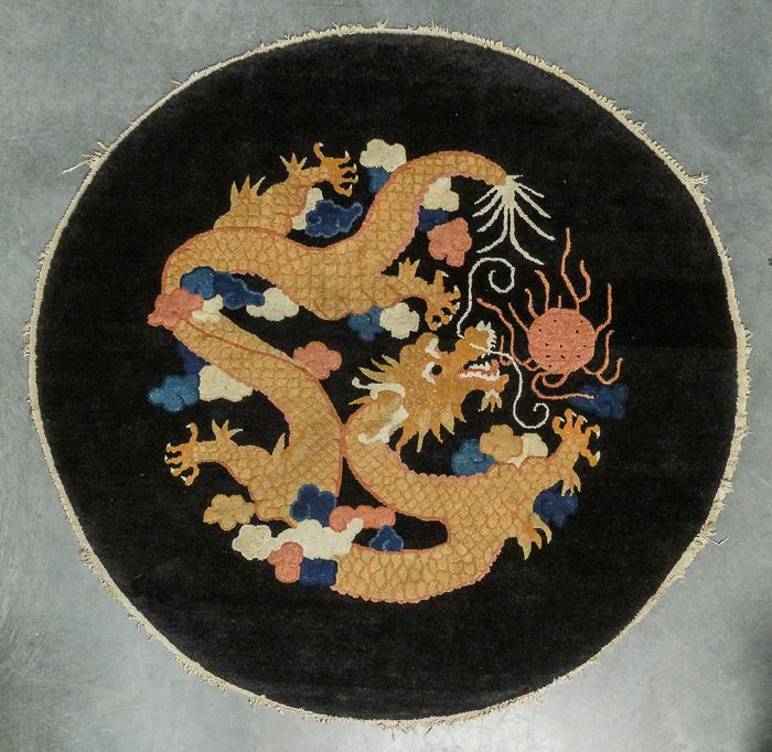 Black Carpet Chinese Dragon And Vintage Art On Pinterest