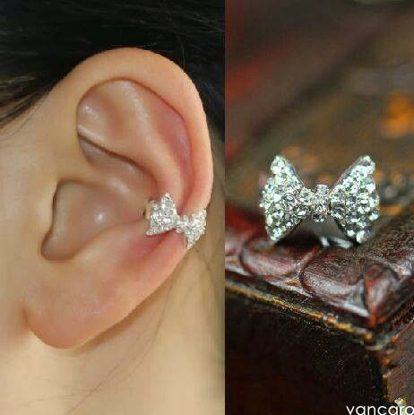 This is too cute. Bow ear cuff.