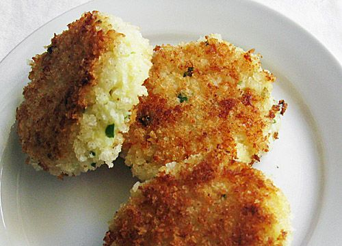 got leftover risotto?  don't we all.  never fear--ina's got the answer. chive risotto cakes. dIvine.  and it was easy ina, thanks! p.s. freeze the young (soft) fontina for about 5 minutes and grate it--makes it easier to combine.
