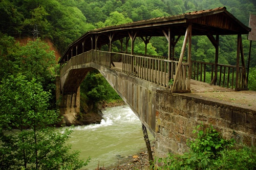 Hapsiyas Bridge (Kiremitli Kopru), Caykara, Trabzon, Turkey