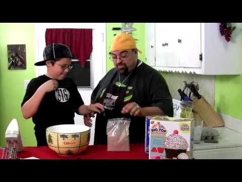 THE BIG TOP CUPCAKE - YouTube
