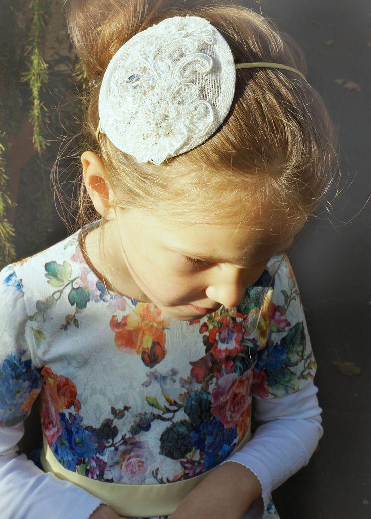 Biały fasscynator z koronką dla królewny! http://yokodesign-fascynatory.pl/kategoria-produktu/dla-dzieci/