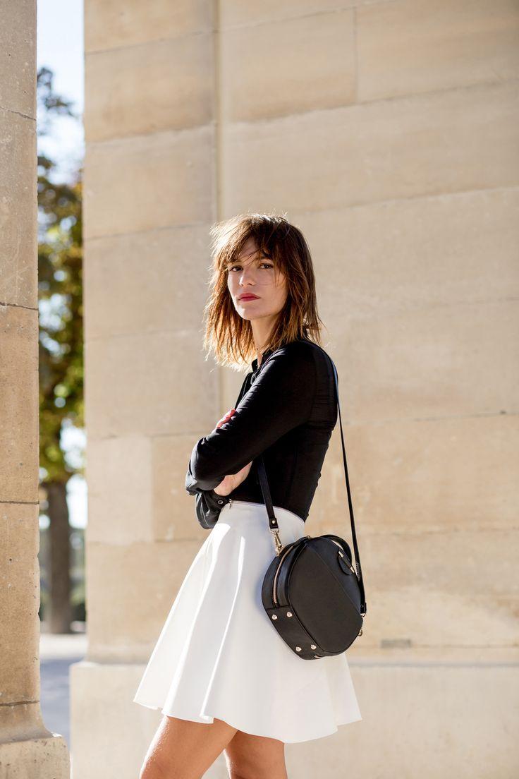 EPHYRE PARIS purse <3 #ephyre #paris #purse #leathergoods #pretty #black #parisienne  http://www.ephyre.fr/fr/automne-hiver-15/sac-claude-cuir-poudre-26-.html
