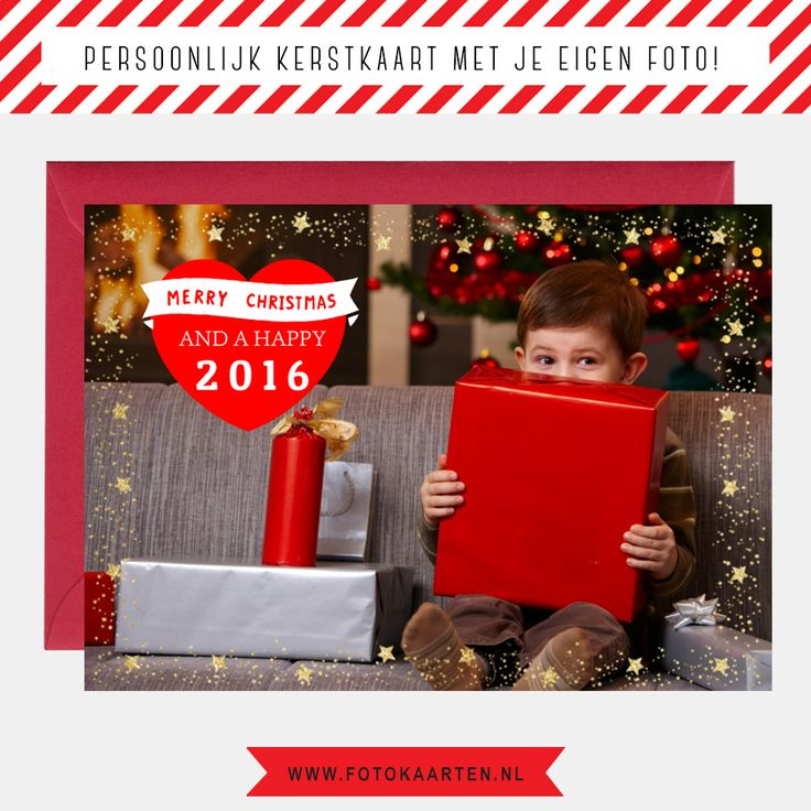 Maak je eigen kerstkaarten met foto bij www.fotokaarten.nl. Je kunt zelf heel eenvoudig de tekst aanpassen, de foto veranderen of extra foto's toevoegen en mooie versiering plaatsen. Het is heel makkelijk om allerlei dingen uit te proberen, totdat je precies hebt wat je wilt.