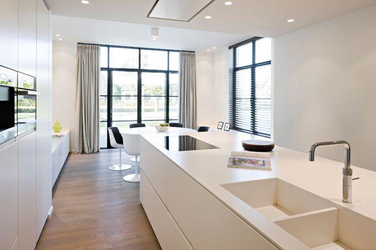 Home Sweet Home » Meer dan een geslaagde renovatie door b+ van een klassieke villa