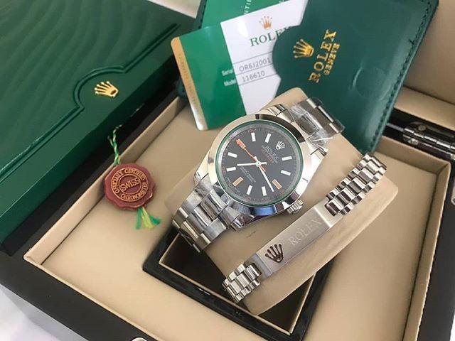 لكل متميزة تحب أن تظهر دائما ب طلة راقية ستجدين لدي ما ينال اعجابك و يرضي ذوقك ساعات رجاليه و نسائيه ماركات عالم Michael Kors Watch Kors Watches Rolex Watches