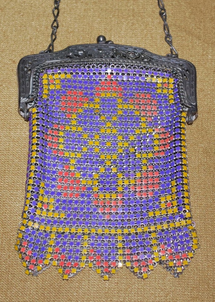 Whiting and Davis Enamel Mesh Child's Purse Canada