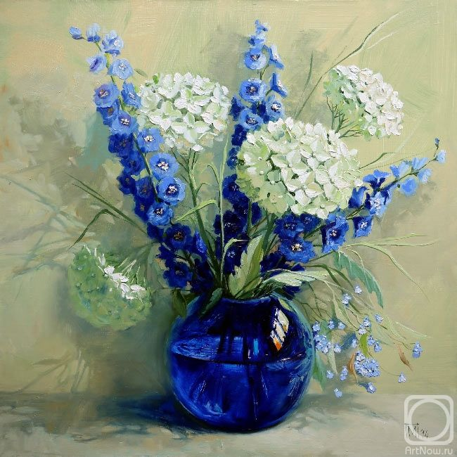 Maria Pavlova.  Delphinium y hortensias blancas