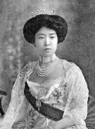 北白川宮成久王妃房子内親王(きたしらかわのみやなるひさおうひふさこないしんのう)殿下(←周宮房子内親王(かねのみやふさこないしんのう)殿下: 明治天皇第七皇女)7th Princess of Emperor Meiji: Fusako