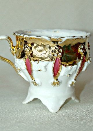 Antique Porcelain Victorian Teacup Fancy Footed Gold Gilded