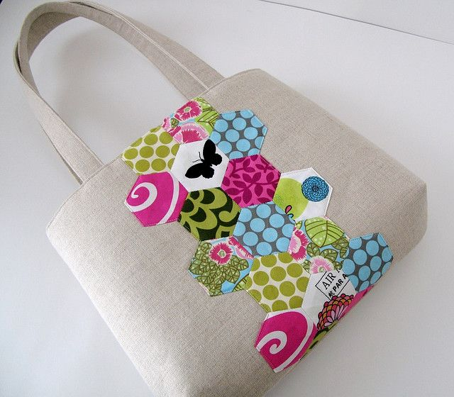 i love this hexagon patchwork bag!