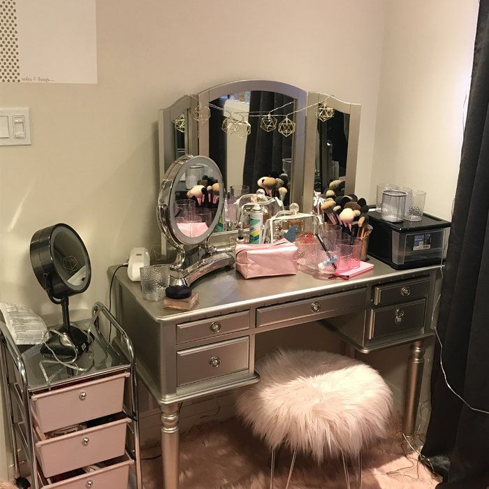 Torrance Vanity Set With Stool And Mirror Stylish Bedroom