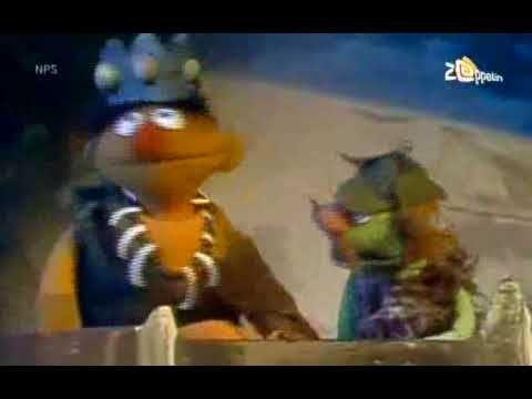 Sesamstraat - Ernie - Iets om te drinken - YouTube