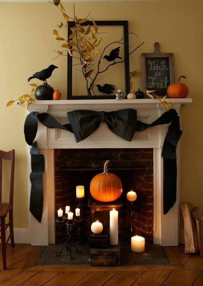 Halloween Mantel....these are the BEST Homemade Halloween Decorations &…