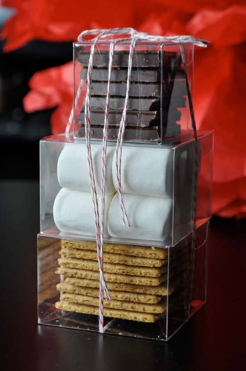 S'more Kit... Hundreds of Homemade Gifts for Under $10 ...i should combine this with the sleeping bag thing & other stuff to make a camping gift set :D