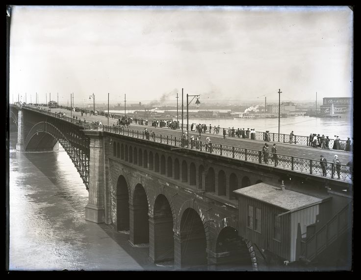 https://flic.kr/p/NiwMMG | Selections from the Swekosky Notre Dame College Collection | Eads Bridge during high water in 1903.